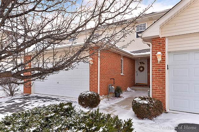 437 Coventry Cir, Glendale Heights, IL