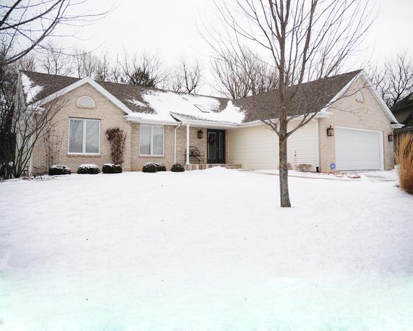 4998 Rundquist Ct, Rockford, IL