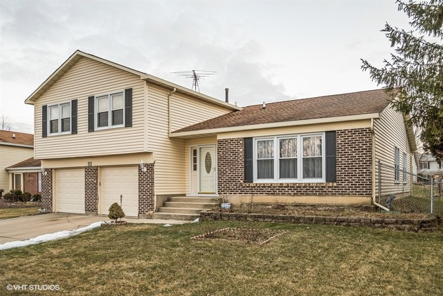 111 Saratoga Dr, Glendale Heights, IL