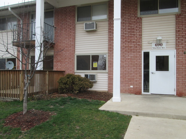 690 Marilyn Ave #APT 102, Glendale Heights, IL