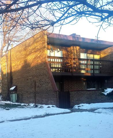 1301 Kenneth Cir, Elgin, IL