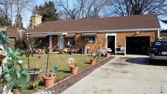 451 N Aldine St, Elgin, IL