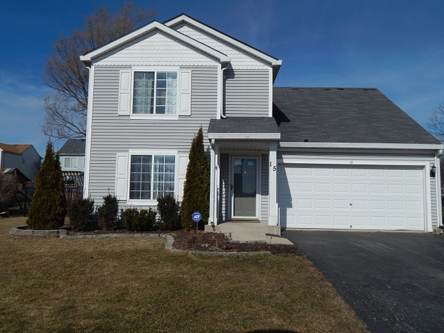 15 Hobart Ct, South Elgin, IL