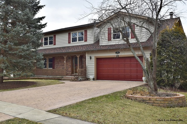 28 Cedar Gate Cir, Sugar Grove, IL