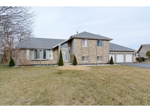 4362 Maple Ter, Country Club Hills, IL