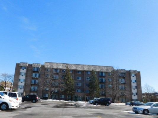 10353 Dearlove Rd #APT 4G, Glenview, IL
