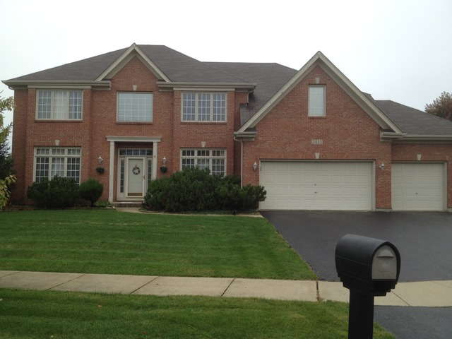 2411 Litchfield Ct, Naperville, IL