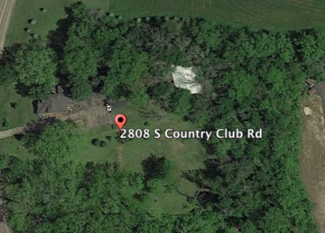 2808 S Country Club Rd, Woodstock, IL