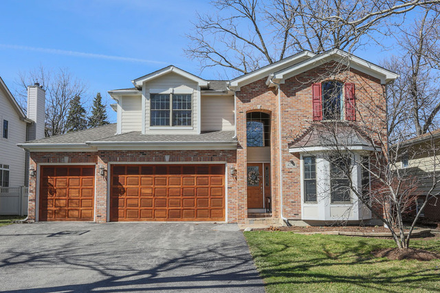4724 Pershing Ave, Downers Grove, IL