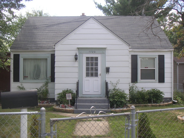1720 Kilburn Ave, Rockford, IL