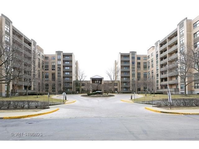 4545 W Touhy Ave #APT 517W, Lincolnwood, IL