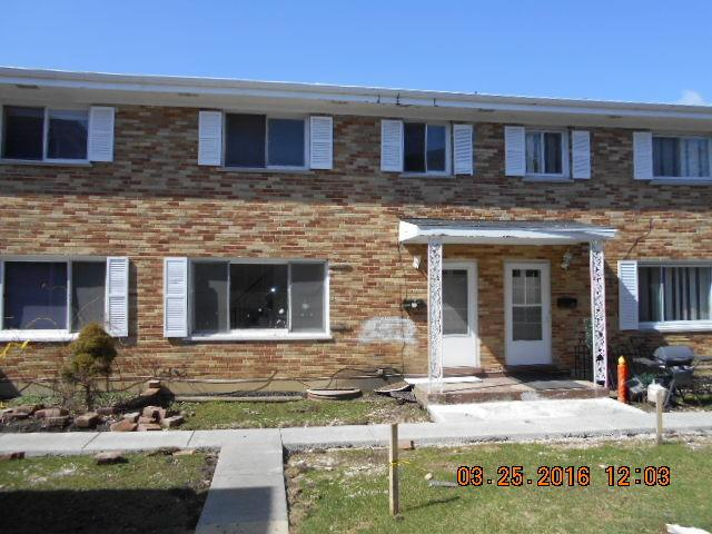 552 Lynn Ct #APT C, Glendale Heights, IL