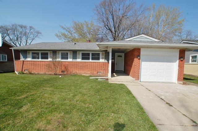 502 Ridgewood Rd, Elk Grove Village, IL