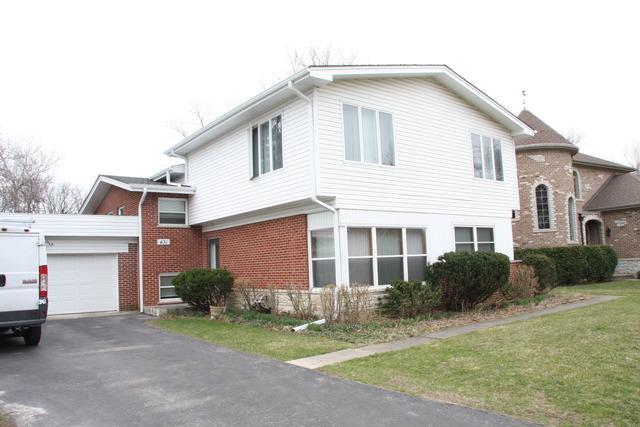 431 Brook Ln, Glenview, IL