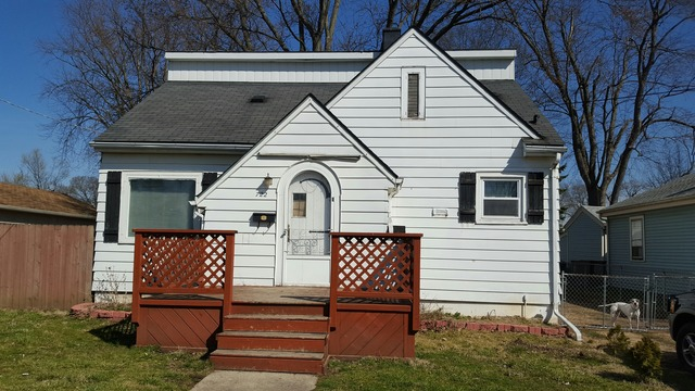 722 Parkway Ave, Elgin, IL