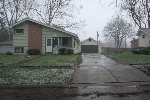 612 W Terrace St, Villa Park, IL