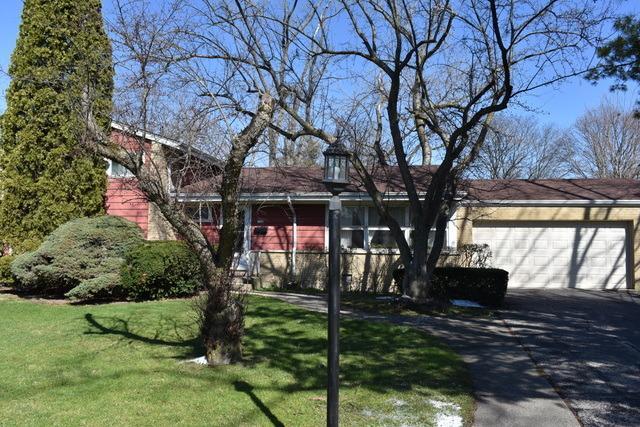1125 Heatherfield Ln, Glenview, IL