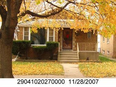 13818 S School St, Riverdale IL 60827