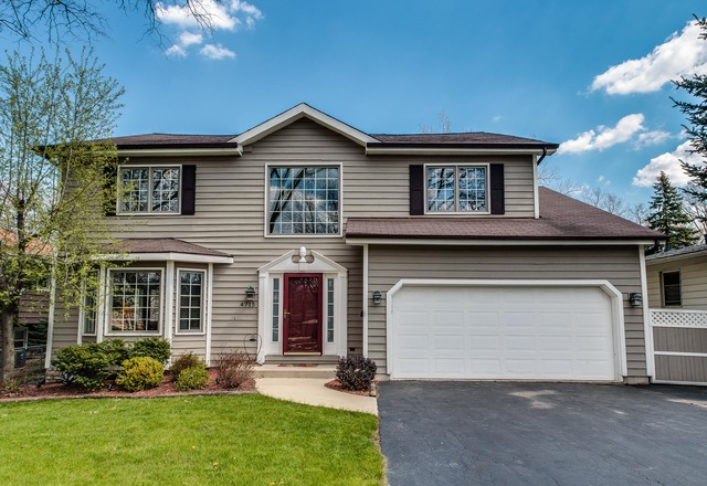 4715 Stonewall Ave, Downers Grove, IL