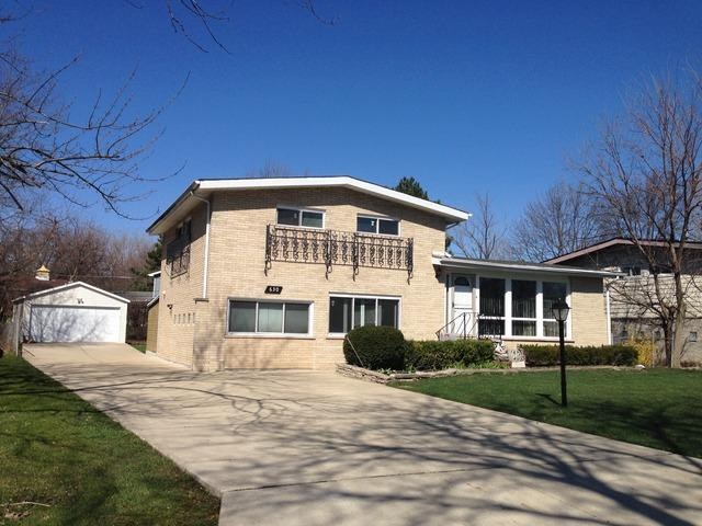 630 Clearview Dr, Glenview, IL