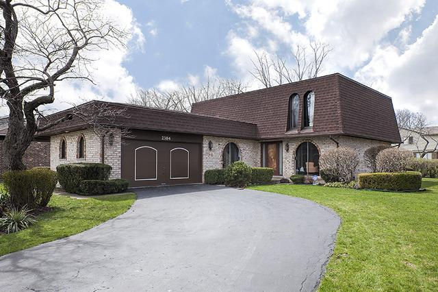 2384 Castilian Cir, Northbrook, IL