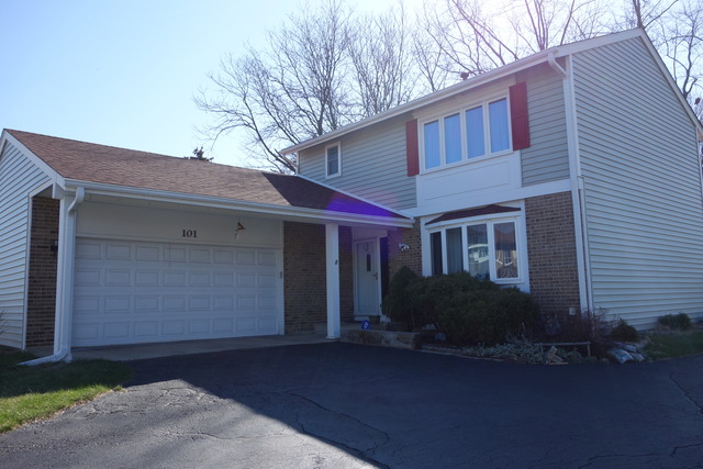 101 Ironwood Ct, Rolling Meadows, IL