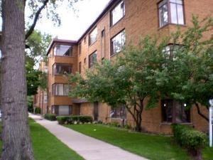 7404 N Sheridan Rd #APT 3, Chicago, IL