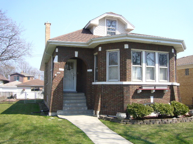 5239 N Newcastle Ave, Chicago, IL