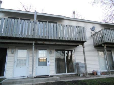 131 Forest Ave #APT B, Fox Lake, IL