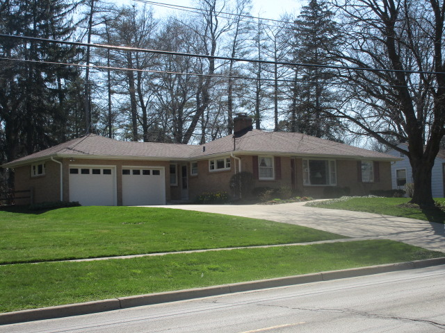 1011 Lawrence Ave, Elgin, IL