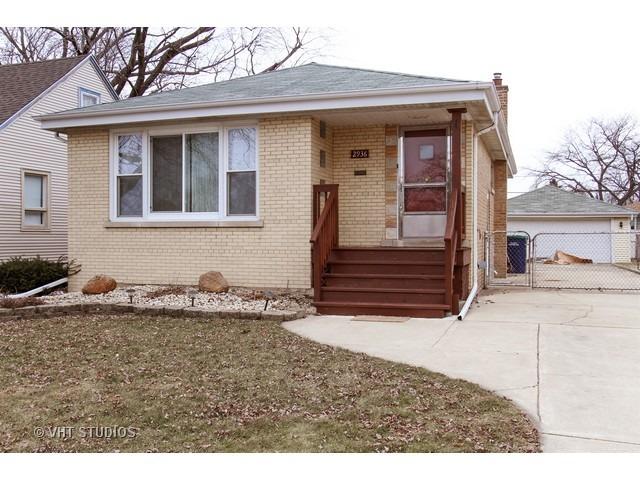2936 W 99th Pl, Evergreen Park, IL