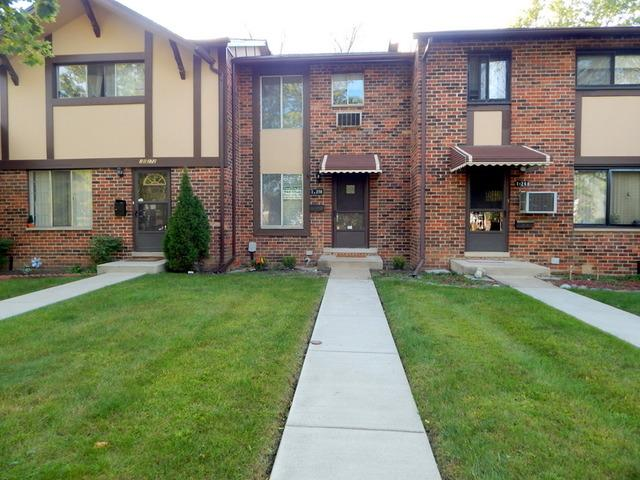 1 S270 Ardmore Ave, Villa Park IL 60181
