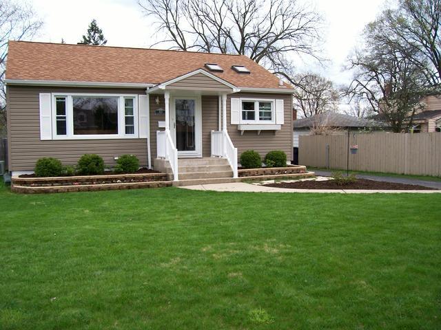 933 S Wisconsin Ave, Villa Park IL 60181
