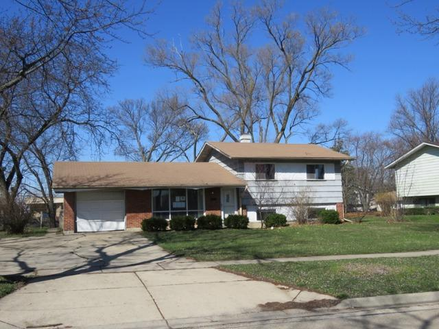 1210 Highland Blvd, Hoffman Estates IL 60169