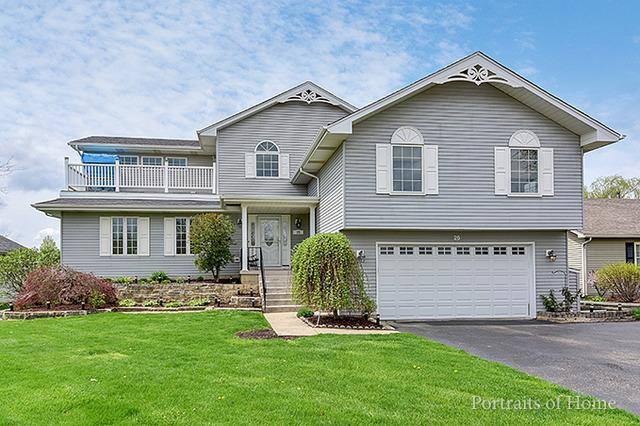 25 N Whispering Hills Dr, Naperville, IL