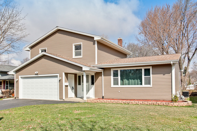 116 W Margaret Ter, Cary, IL