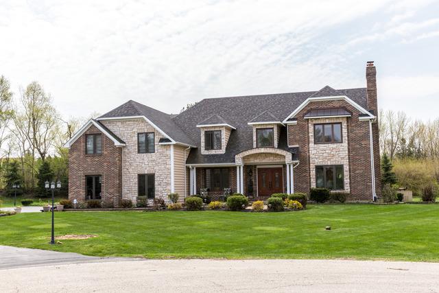 2336 Harrow Gate Dr, Barrington, IL