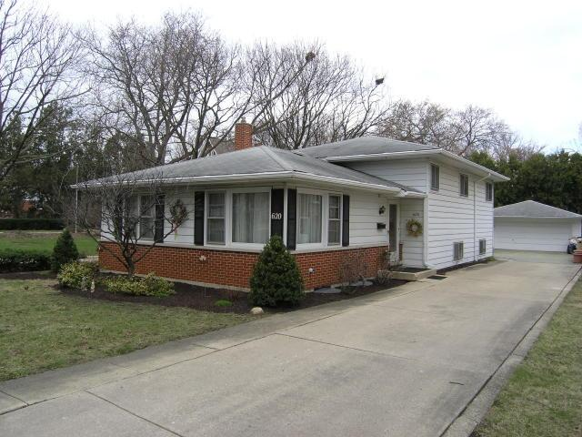 620 E Washington St, Villa Park IL 60181