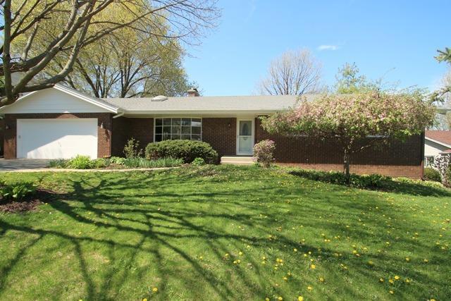 1266 Roxbury Rd, Rockford, IL