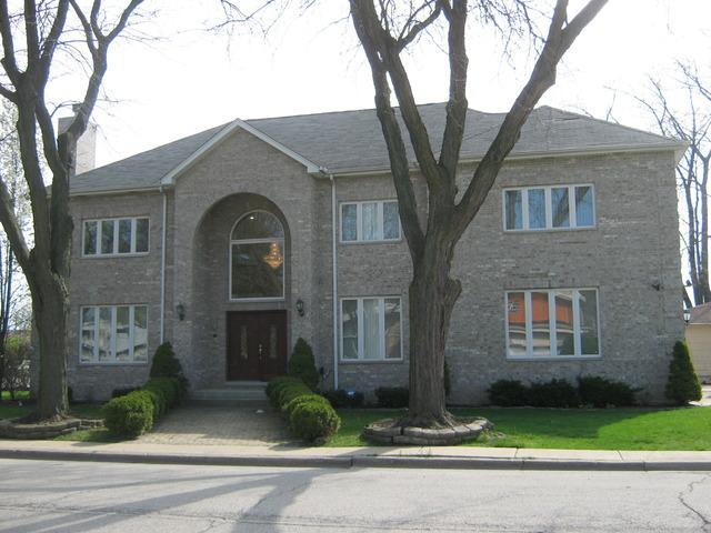 7155 N Karlov Ave, Lincolnwood, IL
