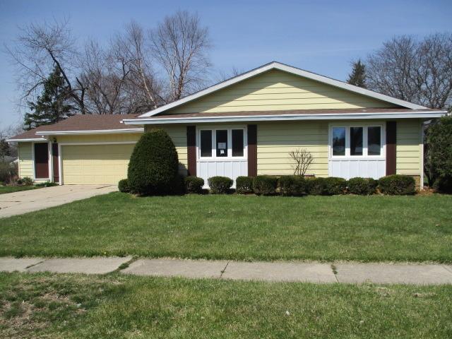 703 W 9th St, Belvidere, IL
