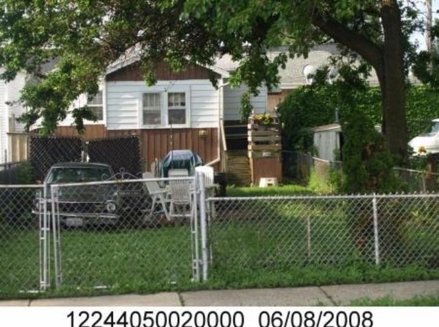 7321 W Addison St, Chicago, IL