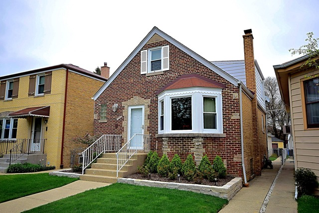 5323 N Newcastle Ave, Chicago, IL