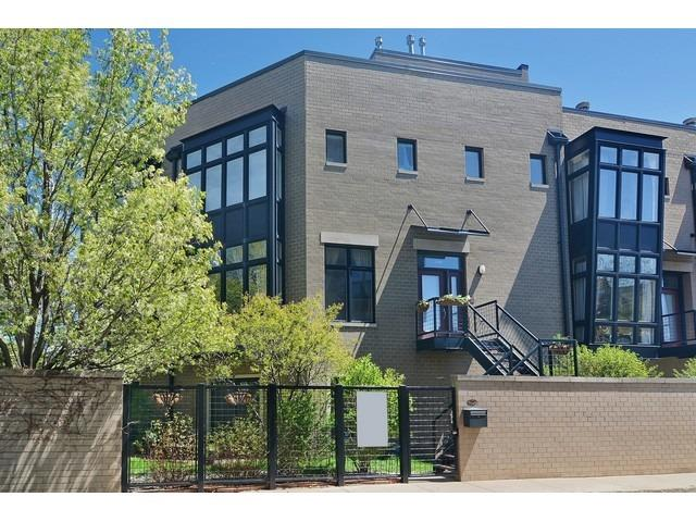 2759 N Hermitage Ave, Chicago, IL