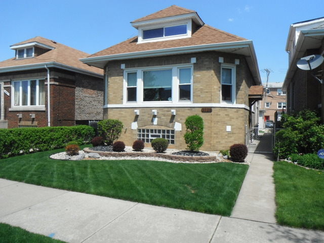 3938 W 63rd Pl, Chicago, IL