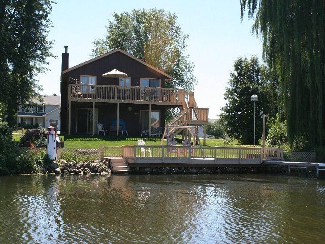 1610 S West Candlewick Dr, Poplar Grove, IL