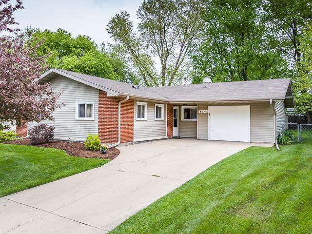 2075 Shepard Rd, Hoffman Estates IL 60169