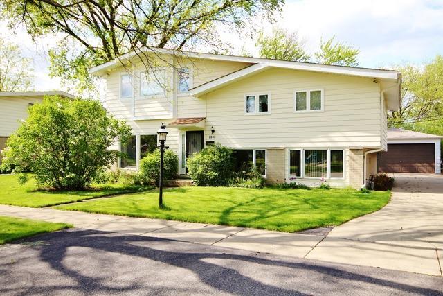2912 Harrison St, Glenview, IL