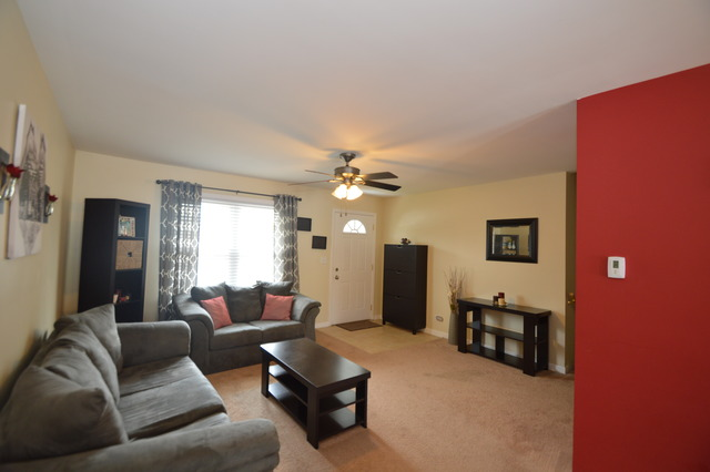 1414 Wayne Ave, Glendale Heights IL 60139