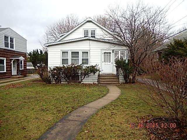 414 E Washington St, Villa Park IL 60181